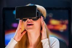 FacebookもYouTubeも注目!「360度VR動画」の可能性とは?